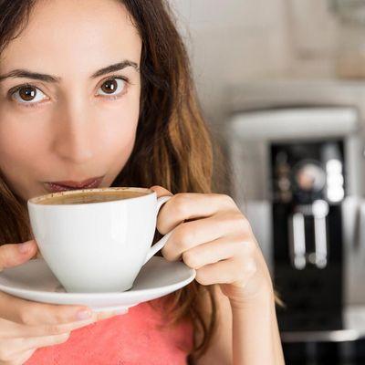 Moderner Kaffeevollautomat