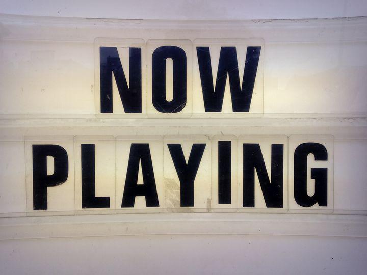 """Eine """"Now Playing""""-Leiste für die Plattensammlung."""