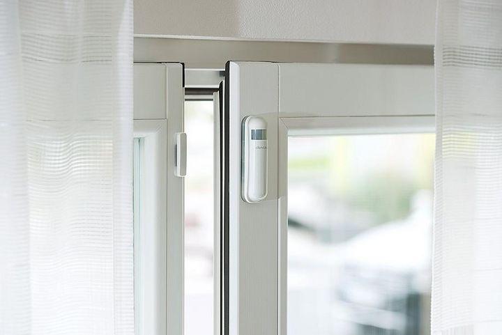 Smarte Tür- bzw. Fensterkontakte können die Sicherheit verbessern.