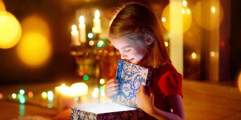 Mit dem smarten Beleuchtungssystem von Philips Hue lässt sich der Heilige Abend stimmungsvoll in Szene setzen.