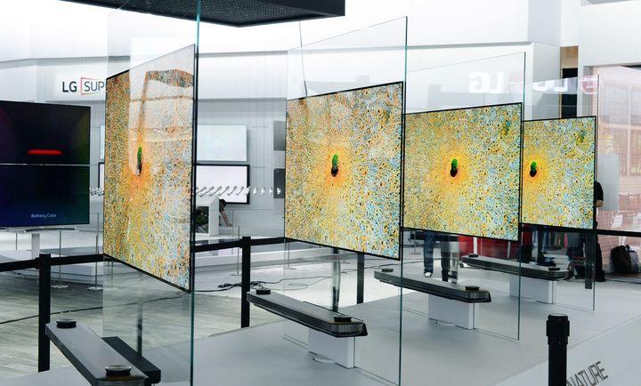 Signature OLED TV W7 auf der CES.