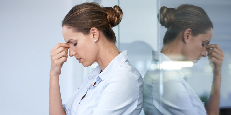 Diese Naturheilmittel helfen gegen Kopfschmerzen.