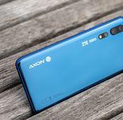 Das ZTE Axon 10 Pro im Detailblick.