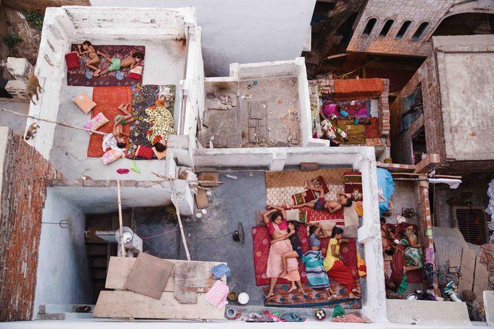 """""""Rooftop Dreams, Varanasi"""" von Yasmin Mund"""