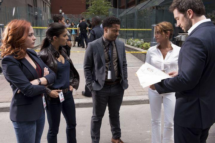 x-Polizist Eric Beaumont (Luke Roberts) und sein Team sind professionelle Verhandler in Krisensituationen.