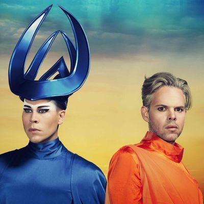 Empire Of The Sun – die Paradiesvögel des Pop – sind mit neuen Songs zurück