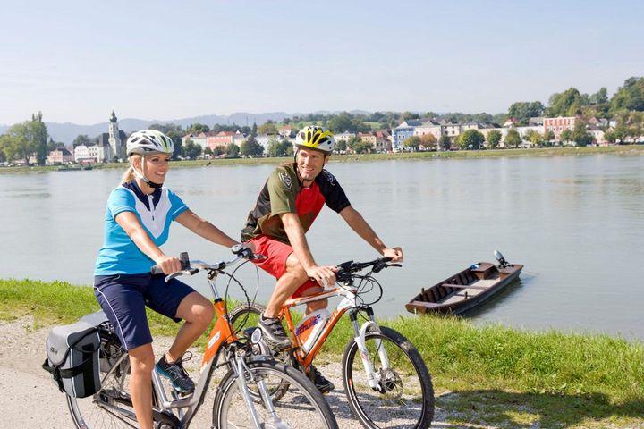 Die Etappen des Donauradwegs sind für Tagesausflüge, Wochenenden und mehrere Tage geeignet.