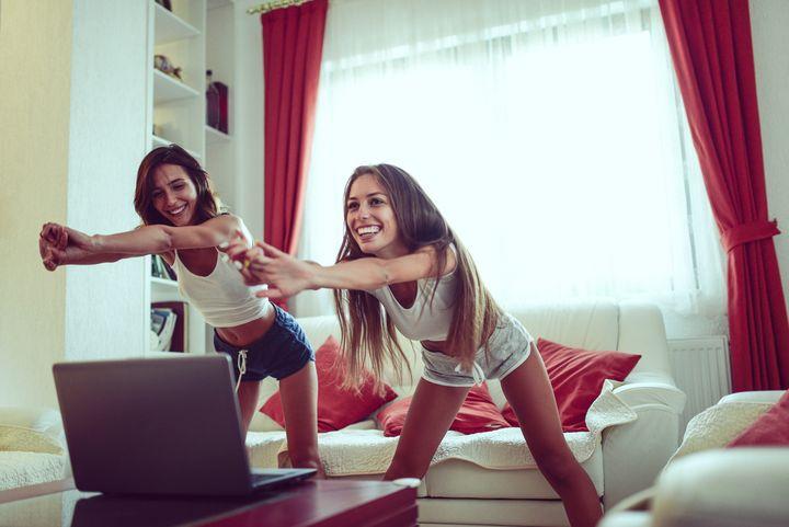Fitness im Wohnzimmer.