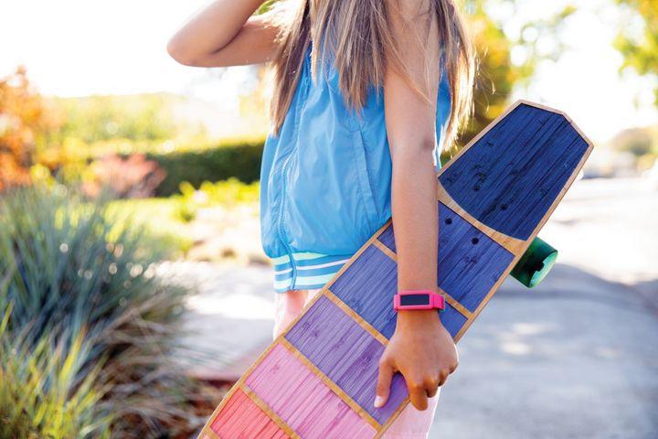"""Der Fitbit-Tracker """"Ace 2"""" für Kinder."""