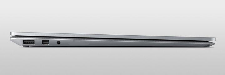 """Mit nur 1.220 Gramm ist das neue """"Surface Laptop"""" ein leichtes, leistungsfähiges Arbeitsgerät für unterwegs."""