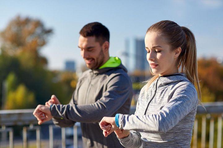 Fitnesstracker und Smartwatch: leistungssteigernde Gadgets