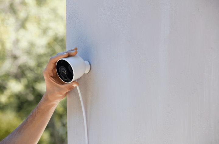 Natürlich spielen auch Überwachungskameras bei der Absicherung des Eigenheims eine Rolle.