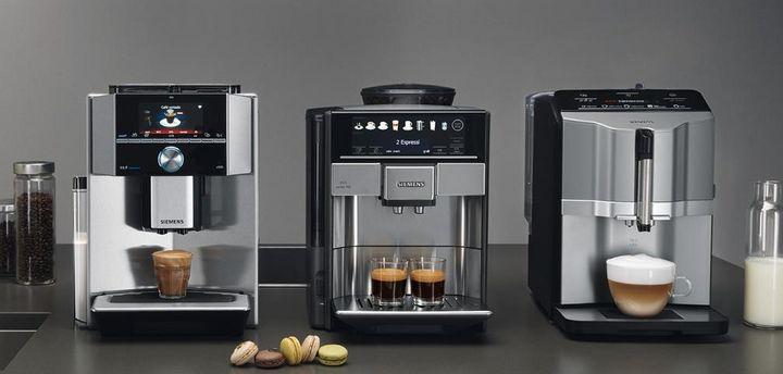 Die Kaffeevollautomaten der Siemens EQ-Serie überzeugen mit Automatikprogrammen und App-Steuerung.