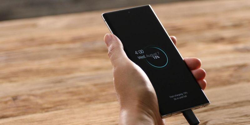 """Alle Infos und Specs zu """"Samsung Galaxy Note10"""" und """"Samsung Galaxy Note10+""""."""