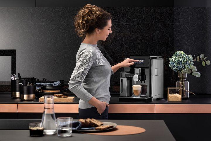 Im Home-Office wird mehr Kaffee getrunken.