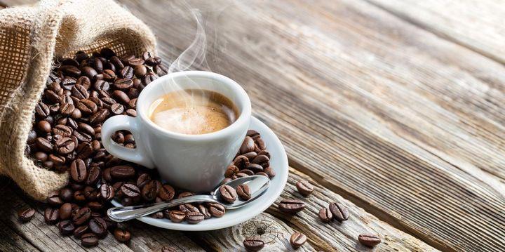 Der extrastarke Espresso, auch Mokka oder kleiner Schwarzer genannt, erfreut sich seit Jahren größter Beliebtheit.
