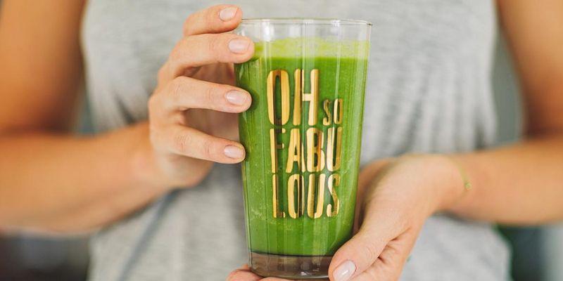 Grüne Smoothies schmecken und sind gesund.