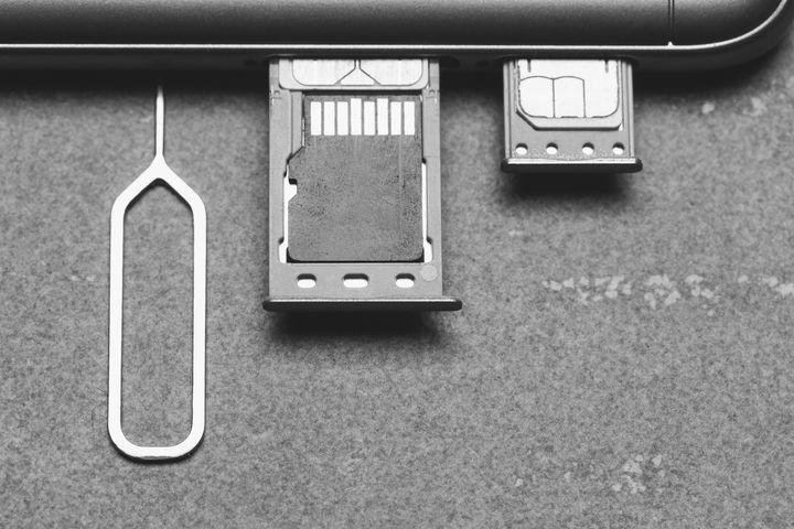 SD-Karten sind praktische Speichermedien für Smartphones.