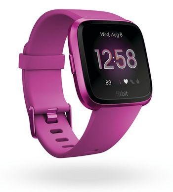 In knalligen Farben und mit nützlichen Funktionen wie PurePuls 24/7 Herzfrequenzmessung, Sleep Stages Tracking und connected GPS ist die Fitbit Versa Lite ausgestattet.