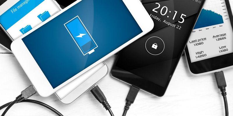 3 Tipps für längere Akku-Laufzeit beim Smartphone.