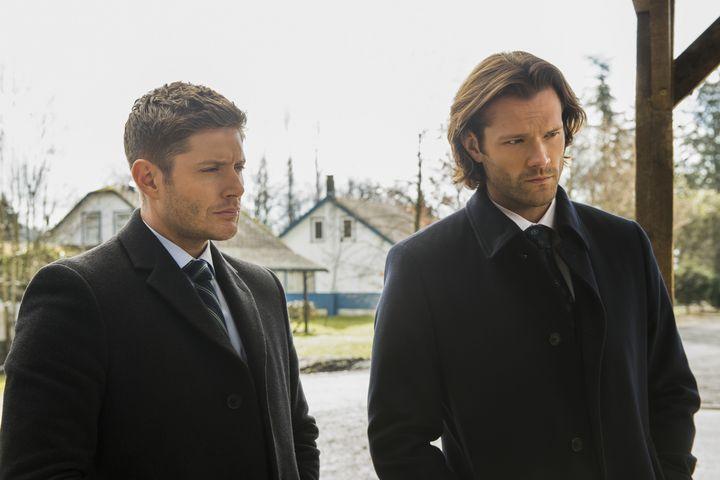 Sam und Dean stellen sich der Schwester Gottes.