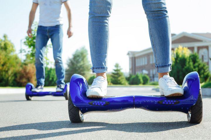 MediaMarkt Lifestyle-Studie: Herr und Frau Österreicher fahren auf E-Mobility ab.