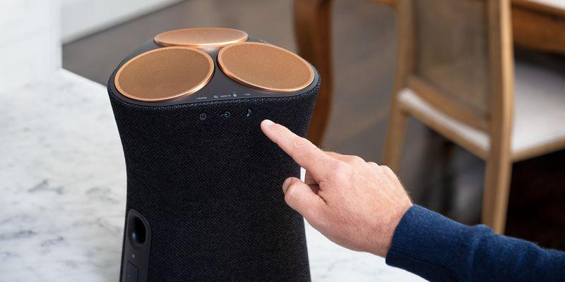 """Hervorragenden Sound liefern die Features """"Immersive Audio Enhancement"""" und """"360 Reality Audio""""."""