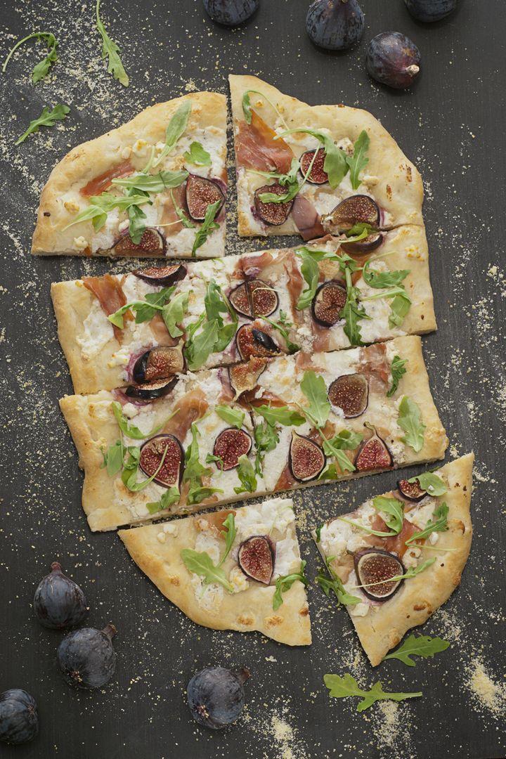 Feigen-Prosciutto-Rucola-Pizza.