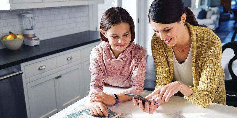 Fitbit Ace ermöglicht Tracking für die ganze Familie.