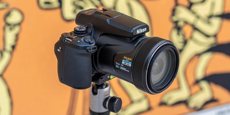 Kleines Zoom-Wunder: Nikon Coolpix P1000.