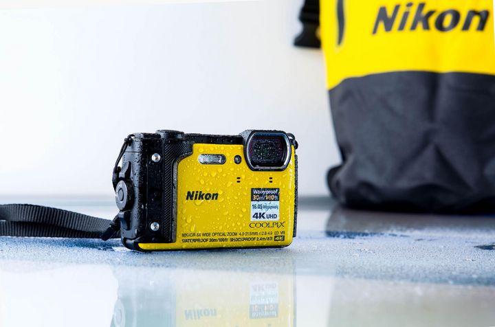 COOLPIX W300: Die neue, kompakte Outdoor-Kamera von Nikon.