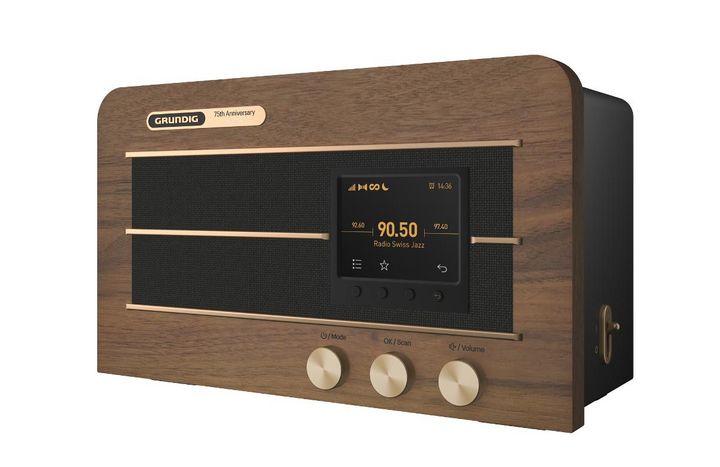 """Das Kultradio """"Heinzelmann"""" von Grundig ist 75 Jahre nach seiner Premiere mit leistungsstarkem Soundprozessor und Bluetooth-Konnektivität im Jahr 2020 angekommen."""