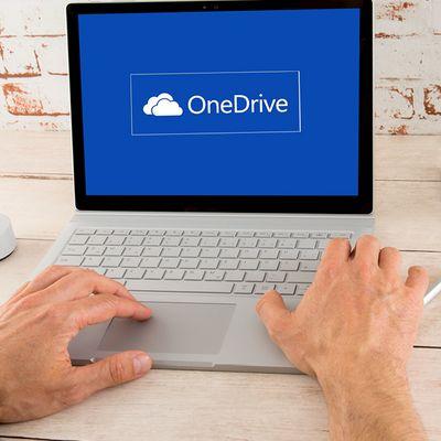"""""""OneDrive"""" ist ein kostenloser Online-Speicher, der in Windows 10 integriert ist."""