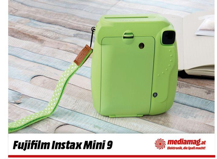 """Die Sofortbildkamera """"instax mini 9"""" von Fujifilm."""
