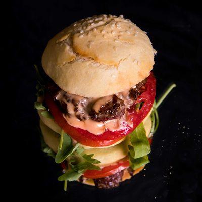 Leckere Burger kann man von Grund auf selber machen.