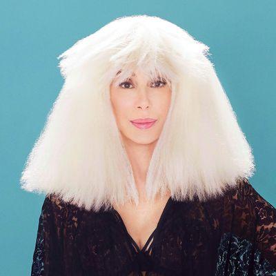 """Cher präsentiert auf """"Dancing Queen"""" ihre liebsten ABBA-Songs."""