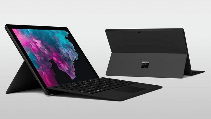 """Dank geringem Gewicht und schneller Hardware ist man mit dem """"Surface Pro 6"""" auch unterwegs stets einsatzbereit."""