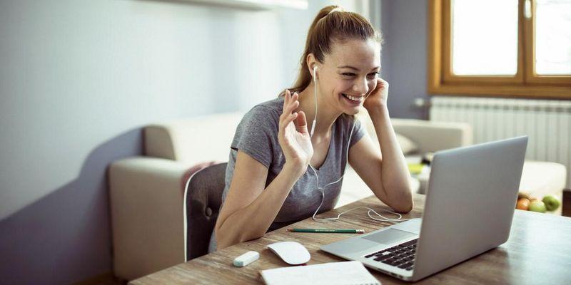 Homeoffice: Tipps, um leichter in Kontakt mit den Kollegen zu bleiben.