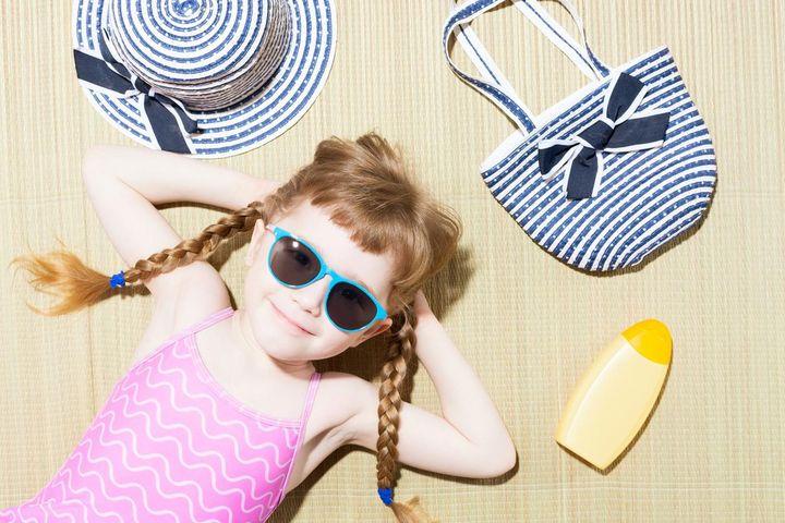 Strandfrisuren: Einfache Pflege und perfektes Styling am Strand.