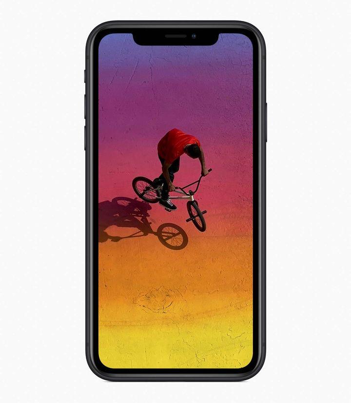 """Ein echter Hingucker ist auch das neue """"iPhone Xr""""."""