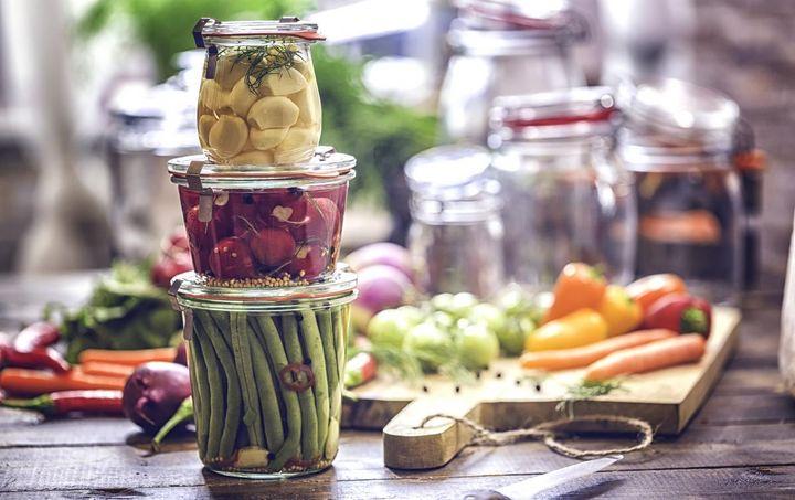 Infos und Tipps zum richtigen Einkochen von Fleisch, Obst und Gemüse.