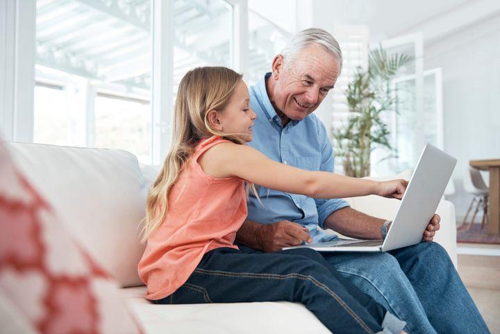 Kinder haben keine Berührungsängste mit moderner Technik.