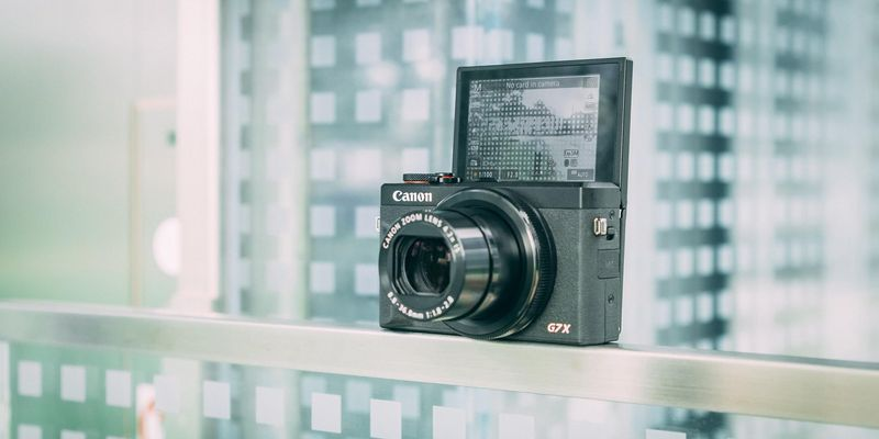 Canon PowerShot G7 X Mark III: 4K-Video, CR3 RAW-Format und 20,1 Megapixel.