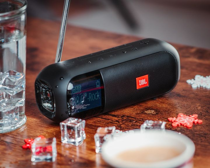 "Das Bluetooth-Radio ""JBL Tuner 2""."
