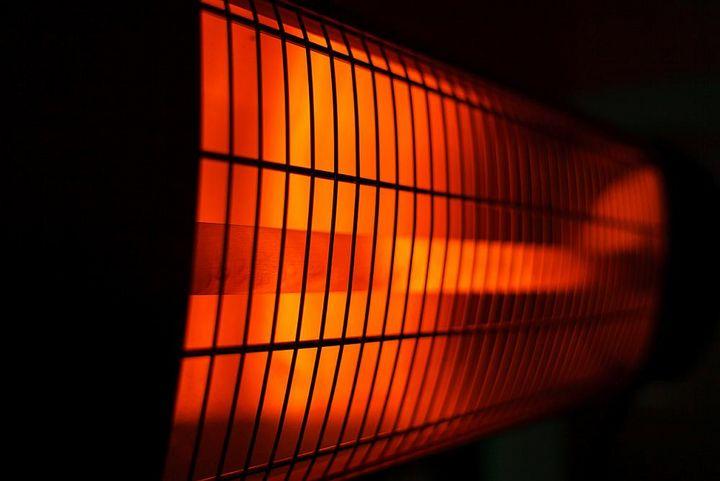 Infrarotheizungen erwärmen die menschliche Haut und nicht die Luft.