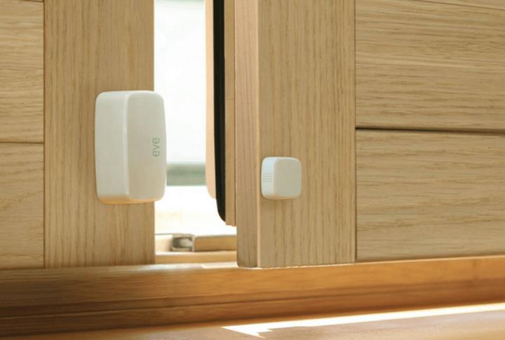 Türsensoren schlagen sofort Alarm, sobald eine Türe ohne Vorwarnung oder gar gewaltsam geöffnet wird.