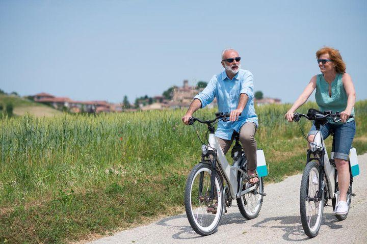 Ähnlich wie bei einem Smartphone oder Laptop sollte auch der Akku eines E-Bikes nicht komplett entladen werden.