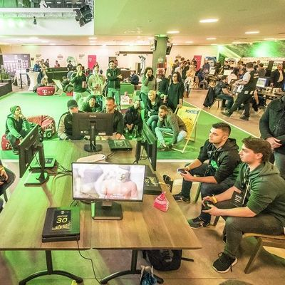eBundesliga Klub-Events in Mödling und Wien.