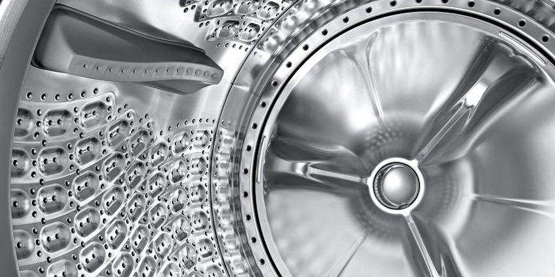 Mit der Samsung QuickDrive-Technologie setzt Samsung ein modernes Zeichen punkto schonender Wäschepflege.
