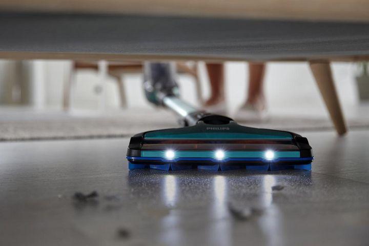 """3-in-1-Gerät: Der """"SpeedPro Max Aqua FC6904/01"""" von Philips ist Staubsauger, Handsauger und Mopp in einem."""